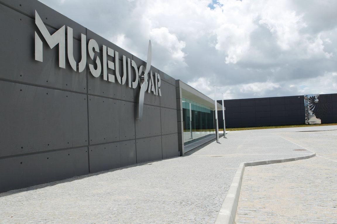 MUSEU DO AR – O Champimóvel